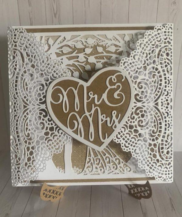 Gatefold Wedding Card - Mr & Mrs
